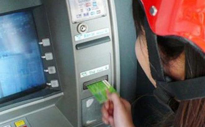 Đưa tin thất thiệt về vụ cướp tại cây ATM, cô gái bị phạt 10 triệu đồng