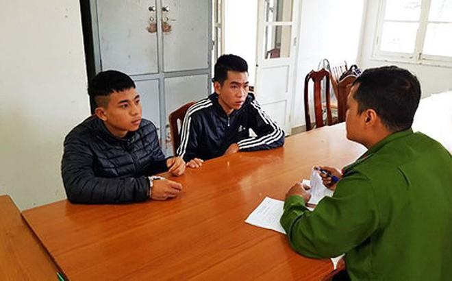 Bắt 2 đối tượng cướp túi khách nước ngoài ở Đà Lạt