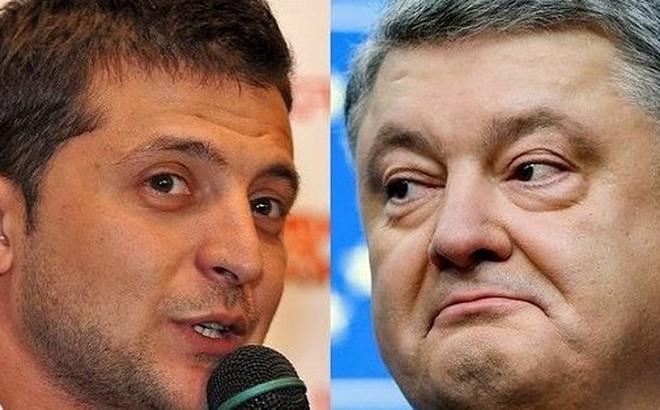 """Bầu cử Tổng thống Ukraine: Poroshenko """"đối đầu"""" Zelensky giữa sân vận động"""