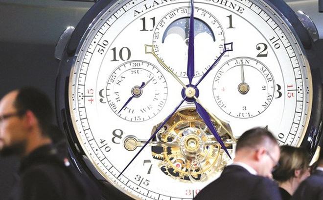 Ê chề đồng hồ xa xỉ