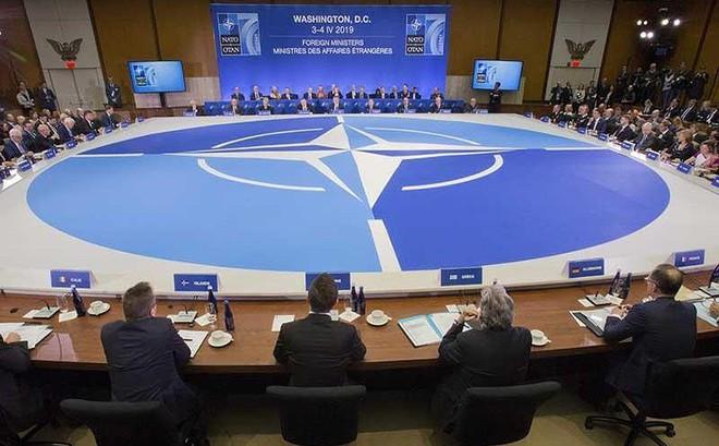 Tam giác Nga, Iran, Trung Quốc thách thức NATO