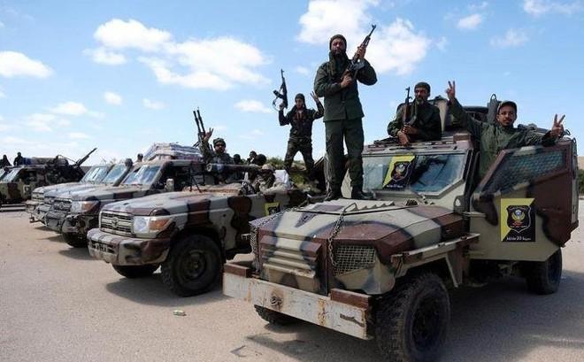 Libya: Phe Tướng Haftar không kích đáp trả phe Tripoli