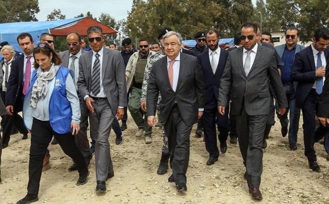 Nhiều nước rút quân, sơ tán nhân sự khỏi Libya
