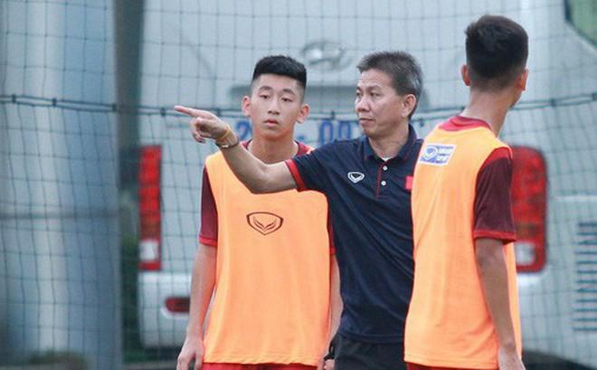U18 Việt Nam hối hả tập luyện chuẩn bị cho giải Tứ hùng ở Trung Quốc