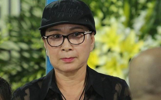 """NSƯT Kim Xuân: """"Kẻ xấu lợi dụng xin tiền nghệ sĩ trong đám tang Anh Vũ"""""""