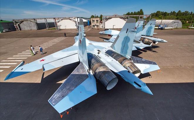 """Cú """"knock out"""" Su-35 Nga vừa tung ra có thể """"hạ gục"""" F-35 Mỹ tại Thổ Nhĩ Kỳ"""