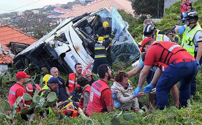 Tai nạn xe buýt kinh hoàng ở Bồ Đào Nha, ít nhất 29 người tử vong