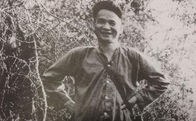 """Vị Tướng mở đầu binh nghiệp bằng """"Đội quân áo nâu"""""""