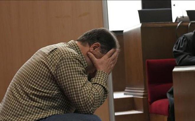 Lạm dụng tình dục 4 học sinh, cựu giáo viên dạy thể dục nhận án 21 năm tù giam