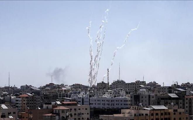 Đáp trả vụ nã rocket, Israel đóng các cửa khẩu vào Gaza