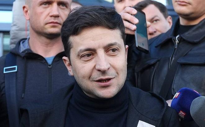 Vừa đắc cử, tân Tổng thống Ukraine đã thẳng tay 'ra đòn' với Nga?