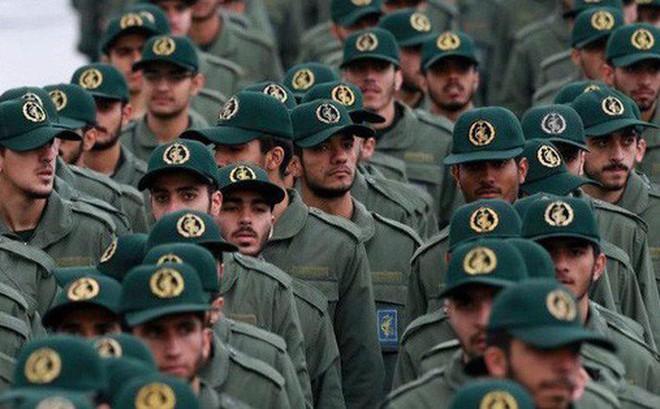 Mỹ muốn đánh bật Iran: Trừng phạt càng 'cay' nhưng mục tiêu không dễ nắm bắt?