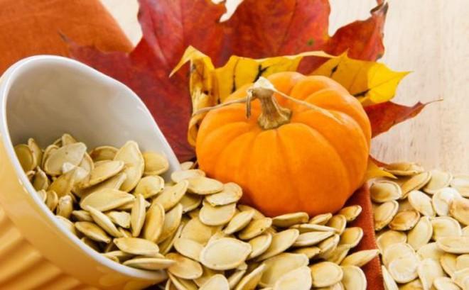 9 lợi ích sức khỏe kỳ diệu của hạt bí ngô
