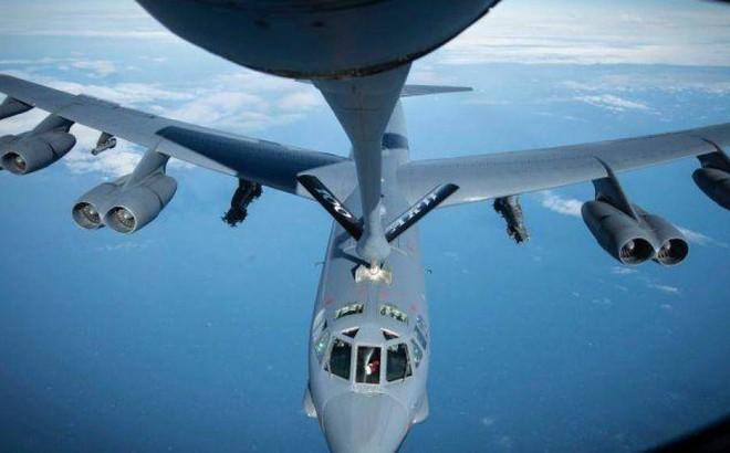 """Mỹ điều 4 """"pháo đài bay"""" B-52 tới Trung Đông để cảnh báo và đe dọa Iran"""