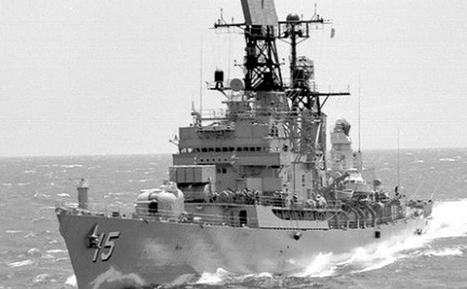 Việt Nam nói về việc Mỹ đưa 2 tàu khu trục vào sát Trường Sa