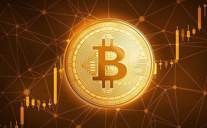 Bitcoin tăng kỷ lục, vượt ngưỡng 7.000 USD