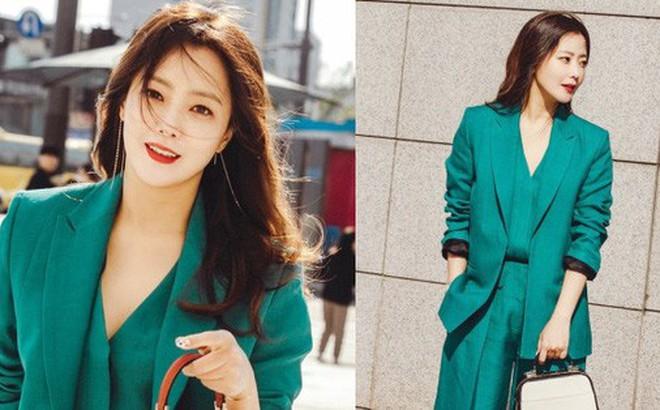 """Có một nữ minh tinh 42 tuổi vẫn được Dispatch tung hô là """"quốc bảo nhan sắc"""", Song Hye Kyo và mợ chảnh phải kiêng dè"""