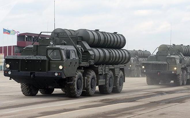 """Bị Mỹ làm khó, Thổ Nhĩ Kỳ tuyên bố sẵn sàng nhận S-400 từ Nga """"vào bất kỳ lúc nào"""""""