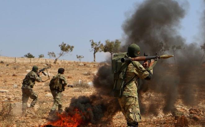 Chiến trường Syria: Nga và quân Assad bất ngờ thua đau, phải lui quân tháo chạy?