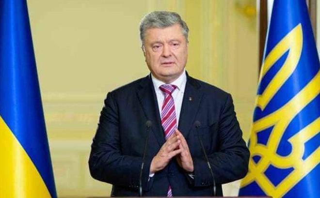 Vừa hết nhiệm kỳ, Tổng thống Poroshenko đối mặt nguy cơ khởi tố hình sự