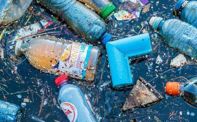 """Phát hiện mới này có thể sớm khiến rác nhựa trên đại dương """"bay màu"""" như búng tay bằng Găng tay Vô cực trong Endgame"""