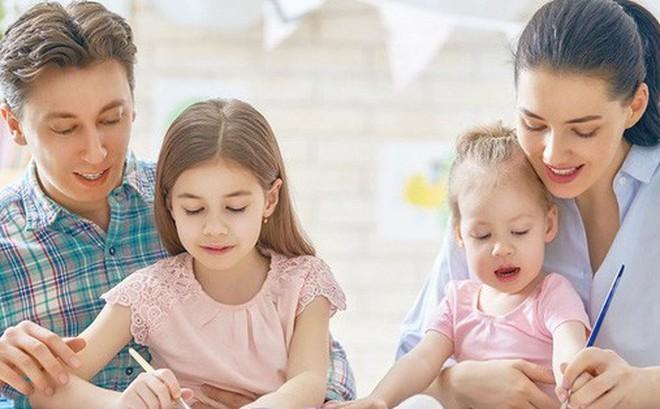 Mải mê làm giàu để con có tương lai tốt đẹp, cha mẹ nghĩ thế là đủ nhưng rốt cuộc chẳng phải tiền, đây mới là thứ con cần nhất để lớn khôn!