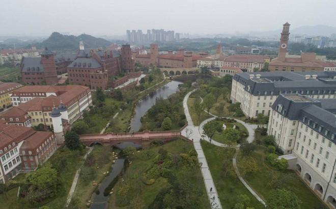 Những điều ít biết về 'pháo đài' công nghệ khổng lồ Huawei và nhà sáng lập bí ẩn Nhậm Chính Phi