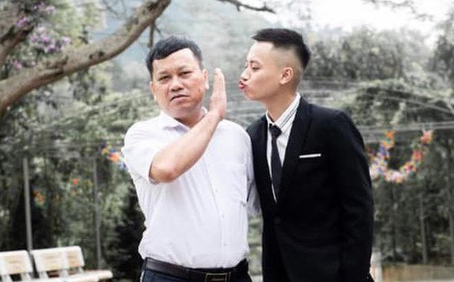 Nam sinh đòi hôn thầy hiệu trưởng trong khi chụp kỷ yếu và cái kết không thể nào phũ phàng hơn