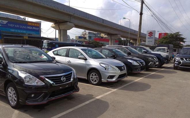 Giá ô tô liên tục giảm sâu, dân Việt vẫn chê cao ngất ngưởng