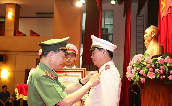 Giám đốc Công an Sơn La được phong tặng danh hiệu Anh hùng