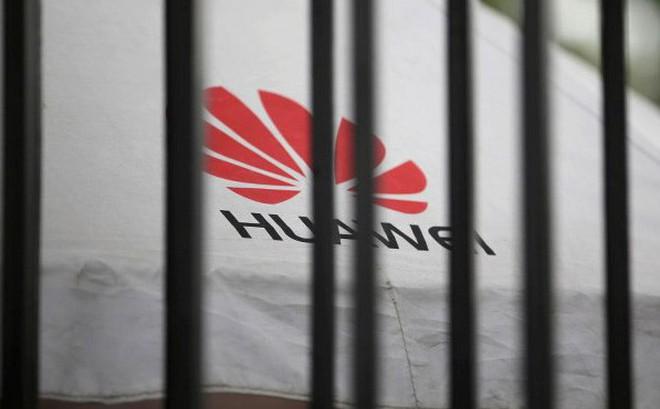 Huawei bị cấm, Trung Quốc hạn chế xuất khẩu công nghệ quan trọng sang Mỹ