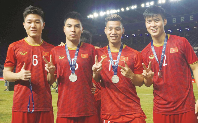 Tuyển Việt Nam 'thu hoạch' gì từ King's Cup?