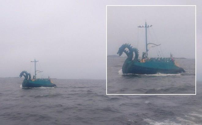 Cảnh sát biển Phần Lan hết hồn trước 'quái vật 3 đầu' của Nga