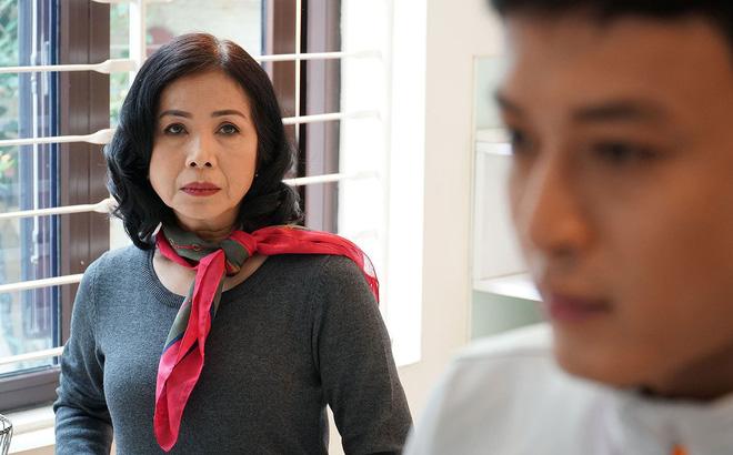 Điều ít biết về mẹ chồng tương lai của Hoàng Thùy Linh trong 'Mê cung'