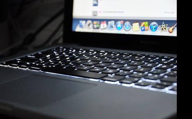 """Vận đen của Apple: Mất toi 200 triệu bảo hành """"chùa"""" chỉ vì khách quên tăng độ sáng màn hình"""