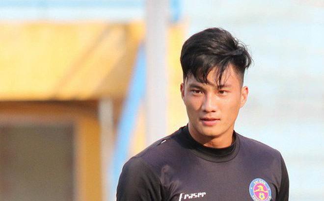 Tiến bộ thần tốc, cựu thủ môn điển trai của U23 Việt Nam vẫn khiêm tốn trước cuộc đọ sức với Hà Nội FC