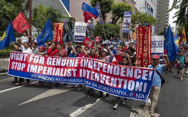 Biển Đông: 'Giọt nước tràn ly', Philippines đổi chiến lược?