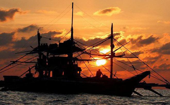 Ngư dân Philippines phản đối Trung Quốc thu hoạch sò quý ở Biển Đông