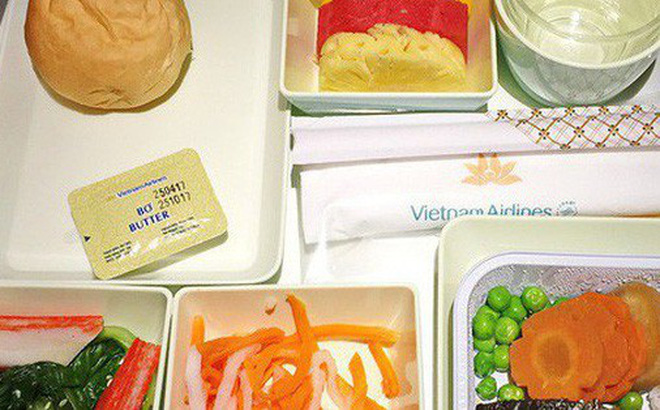 Có gì bên trong công ty chuyên 'bán cơm' cho Vietnam Airlines độc quyền tại sân bay Tân Sơn Nhất?