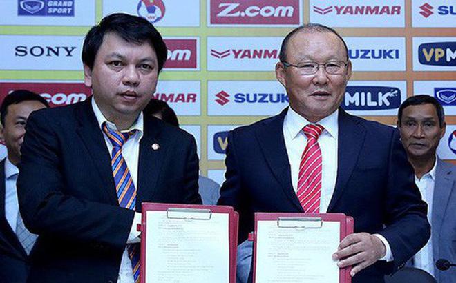 VFF tăng lương cho HLV Park Hang-seo lên 1 tỷ đồng/tháng, cao gấp 40 lần HLV V.League