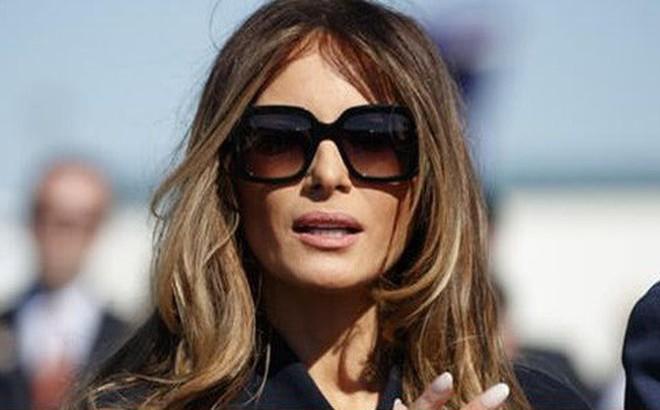 Lý do bà Melania Trump thường đeo kính râm mỗi lần xuất hiện trước công chúng