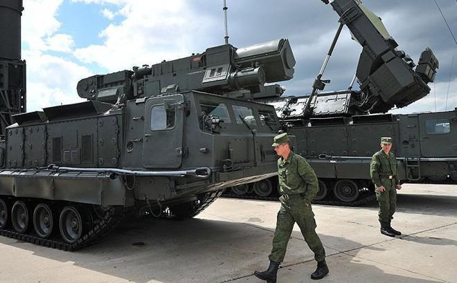 Công dân Ba Lan bị kết án 14 năm tù vì đánh cắp bộ phận bí mật S-300