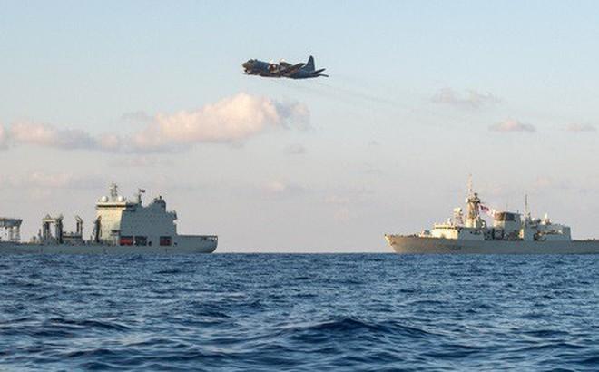 Chiến đấu cơ Trung Quốc áp sát tàu chiến Canada trên biển Hoa Đông