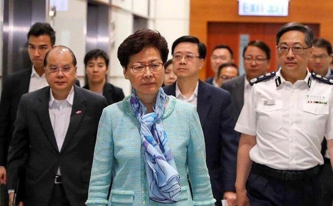Lãnh đạo Hong Kong 'phẫn độ, đau buồn' trước vụ bạo loạn 1-7