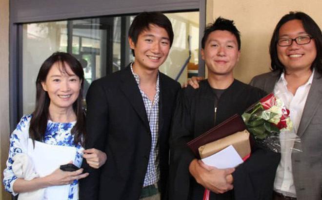 """Chuyên gia Nhật: 'Buông tay là điều khó khăn với bất kỳ bậc cha mẹ nào. Nhưng tôi hạnh phúc khi con mình hạnh phúc"""""""