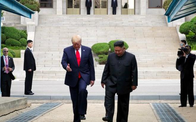 """Bất ngờ động thái """"ngược dòng"""" của Mỹ đúng ngày TT Trump muốn gặp Chủ tịch Kim"""
