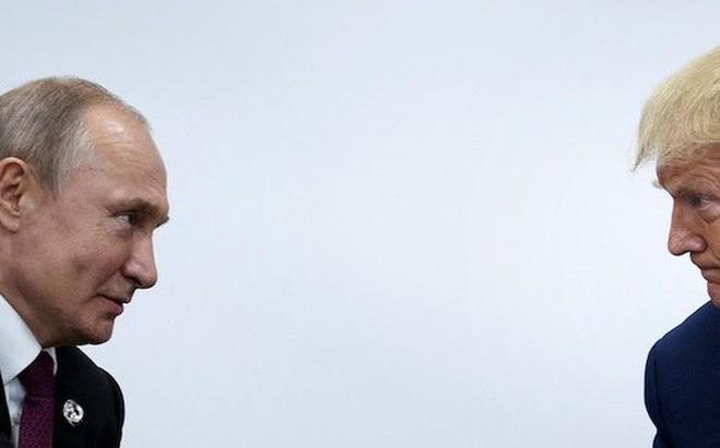 """Chiến lược Putin: Chờ ngày Trung Quốc lớn mạnh, Mỹ tự khắc quay về """"vòng tay"""" Nga?"""