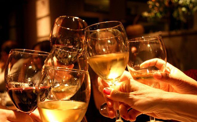 Người bị tiểu đường nên uống rượu thế nào để đảm bảo sức khỏe?