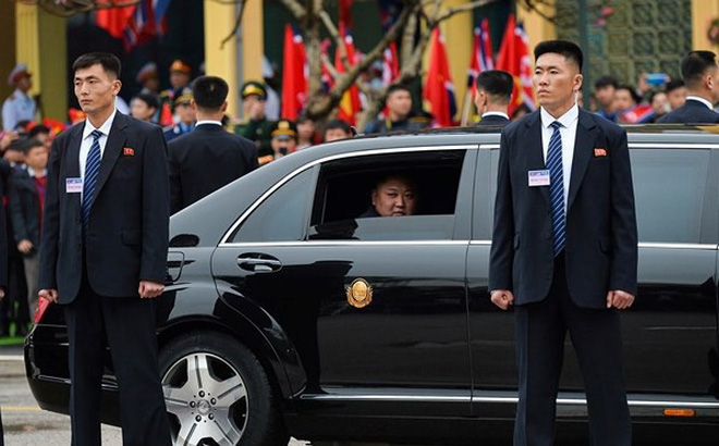 """Đường đi lắt léo """"tuồn"""" xế chống đạn cho Chủ tịch Triều Tiên Kim Jong-un"""