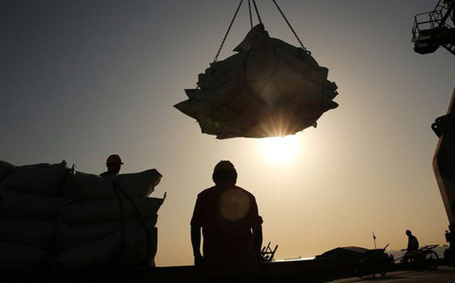 Kinh tế Trung Quốc mất đà, tỷ lệ nợ cũng tăng vọt